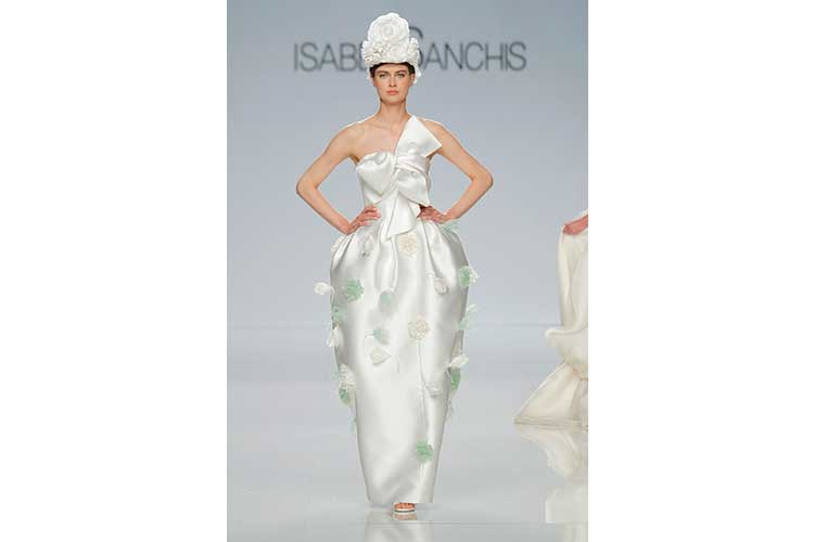 Isabel Sanchis SS18 43