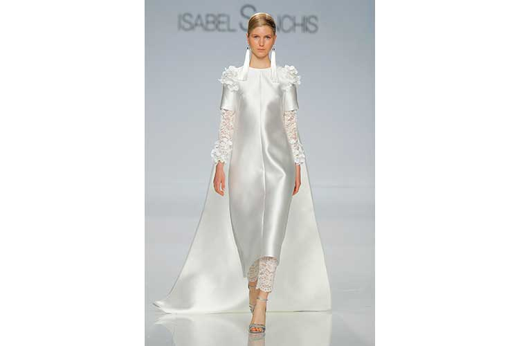 Isabel Sanchis SS18 50