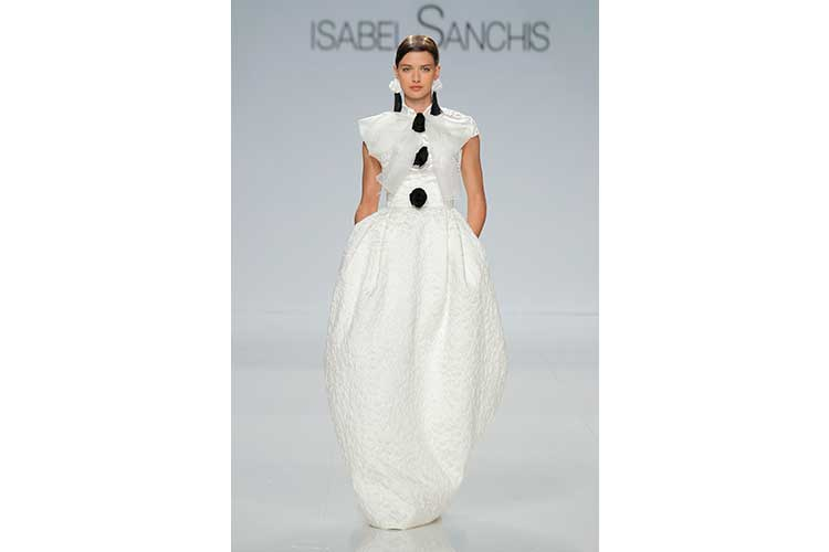 Isabel Sanchis SS18 53