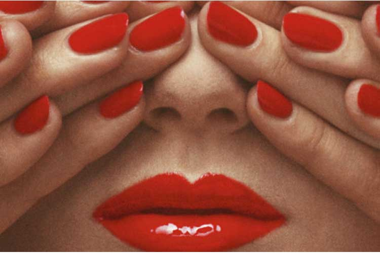 Donne oniriche e sfuggenti by Guy Bourdin15ott18 1
