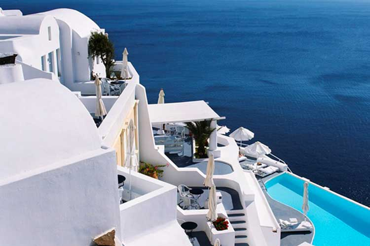 Hotel Katikies in Santorini magic blue 5 8 17 1