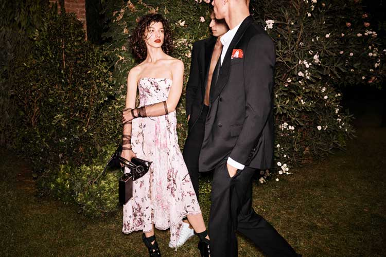 Into a flowered garden with Ermanno Scervino 6